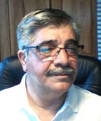 دبیرکل حزب سکولار دموکرات ایرانیان ، منوچهر یزدیان