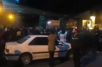 تظاهرات مردم در مشهد
